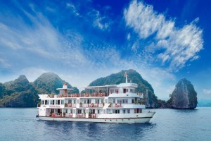 Cristina Diamond Cruise: From 140 USD/person