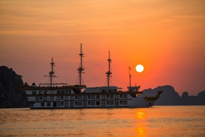 Dragon Legend Cruise: From 193 USD/ person