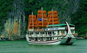 Grayline Cruise: From 125 USD/ pax