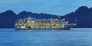 Starlight Cruise: From 148 USD/ pax