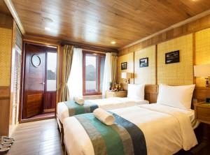 Hanoi - Sapa - Halong Bay Tour