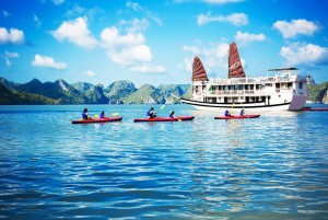 Swan Cruise to  Bai Tu Long Bay: From 105 USD/ pax