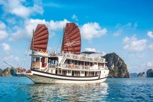 Swan Cruise to Halong bay: From 205 USD/ pax